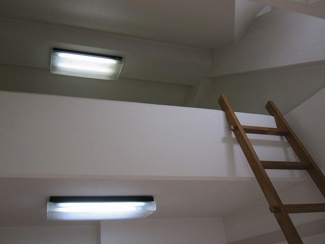 その他部屋・スペース ロフト、照明