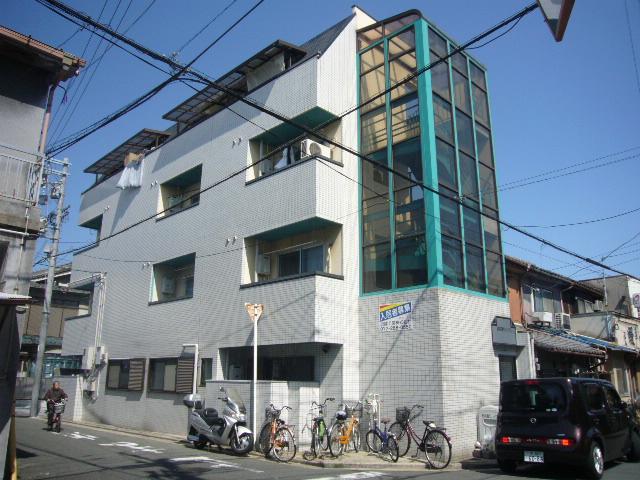 昭和通りハイツの外観