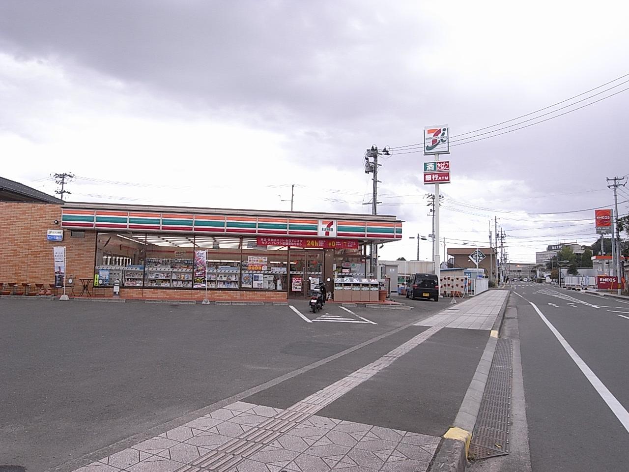 コンビニ セブンイレブン柴田船岡中央3丁目店(コンビニ)まで296m