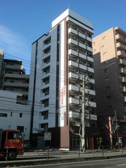 BAUHAUS広島駅前の外観