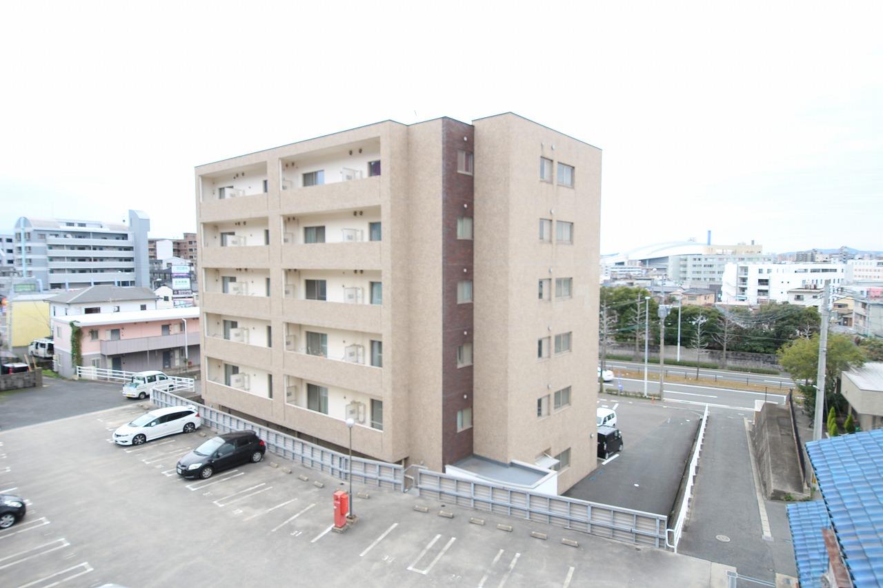 寿山ビルの外観