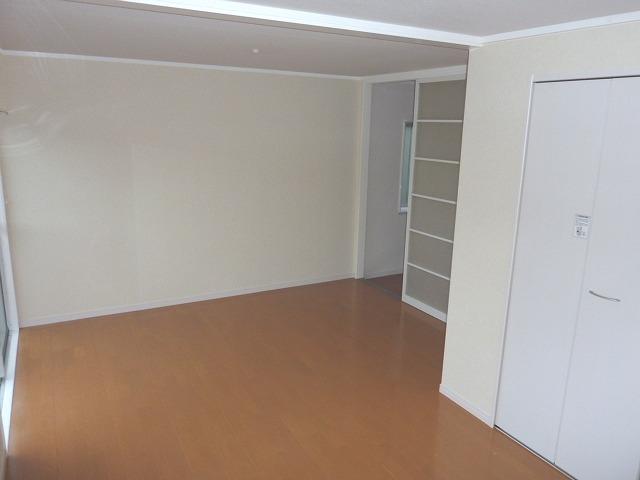 その他部屋・スペース 日当たり良好 10.5畳の広々居室