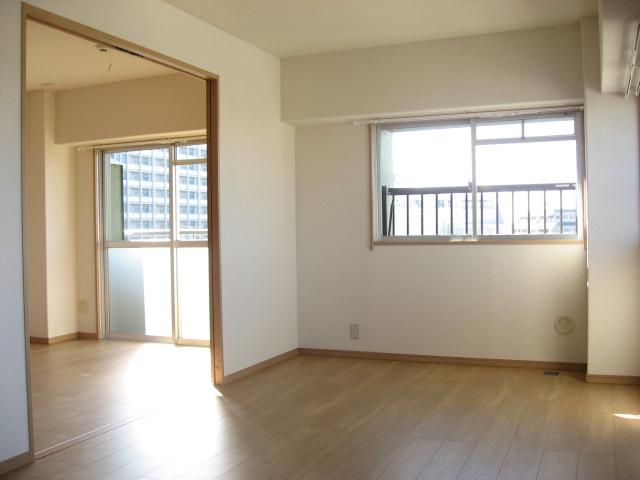 その他部屋・スペース 両サイドに開くとこうなります。ドーンと広く使えます!