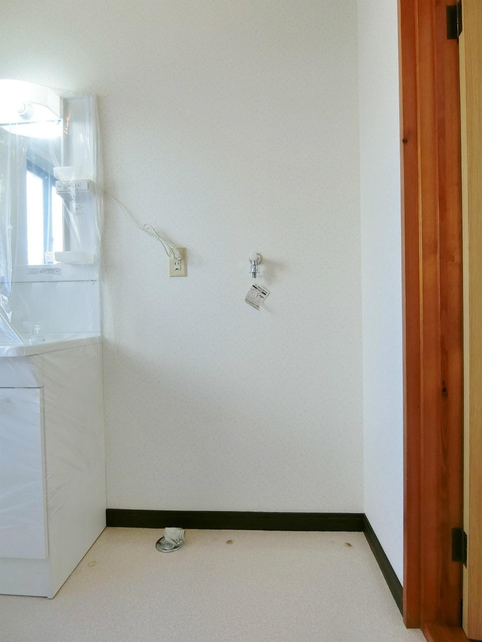 その他設備 室内洗濯機置場になります♪♪♪