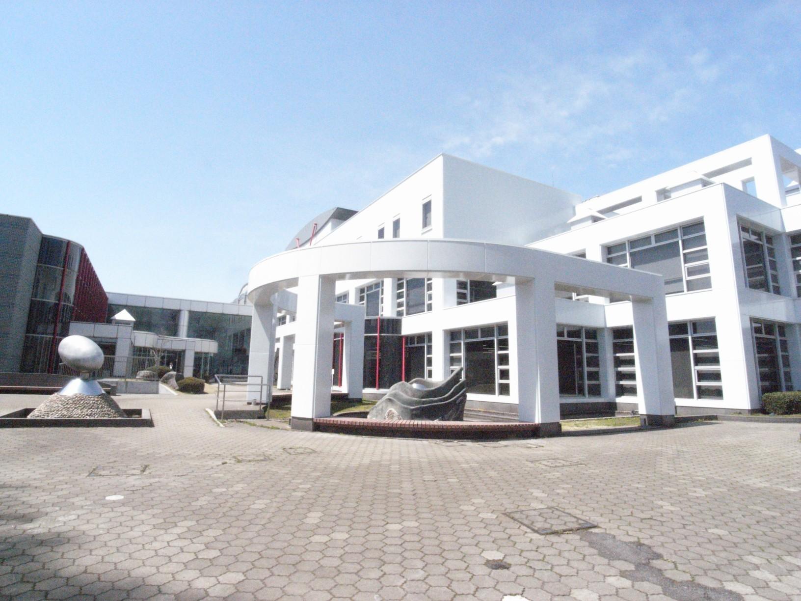 図書館 宇都宮市立東図書館(図書館)まで260m