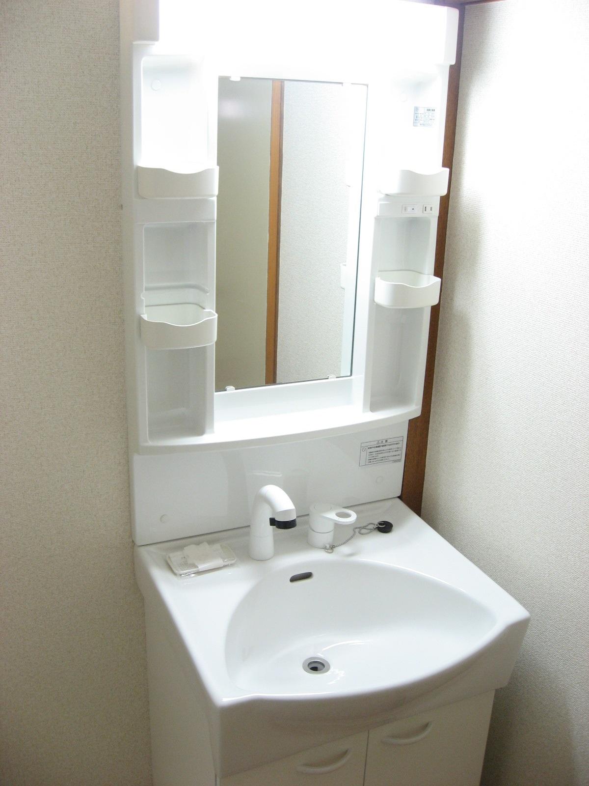 洗面所 新品の洗面台で洗顔が気持ち良いです!