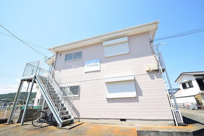 サンライズ鶴巻・壱番館の外観