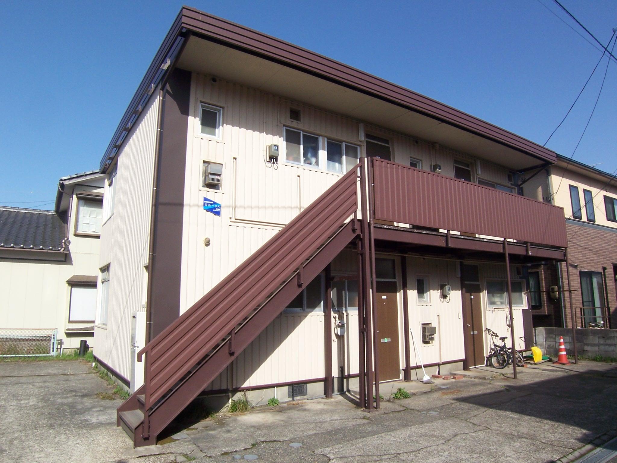 青山ハウスの外観