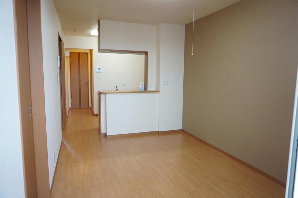 居室・リビング ※同アパート中部屋写真です。