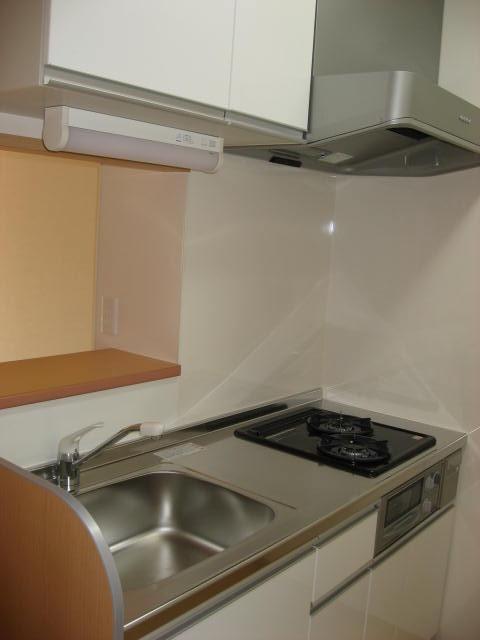 キッチン 対面カウンターの2口ガスコンロ付システムキッチン!