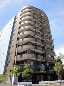 新横浜の街中に立地している分譲賃貸マンションです!