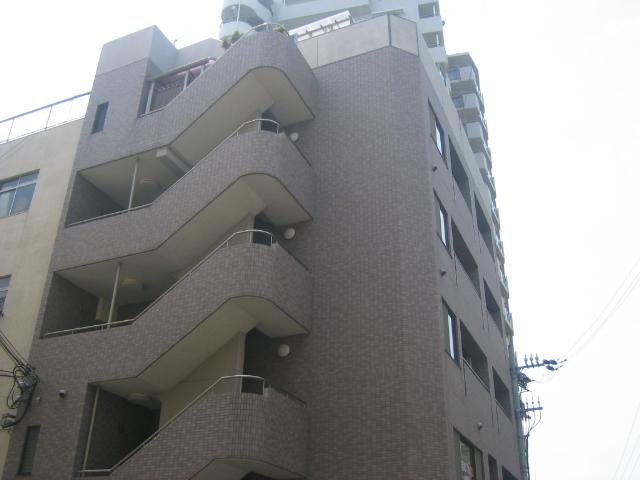 柳川ビルの外観