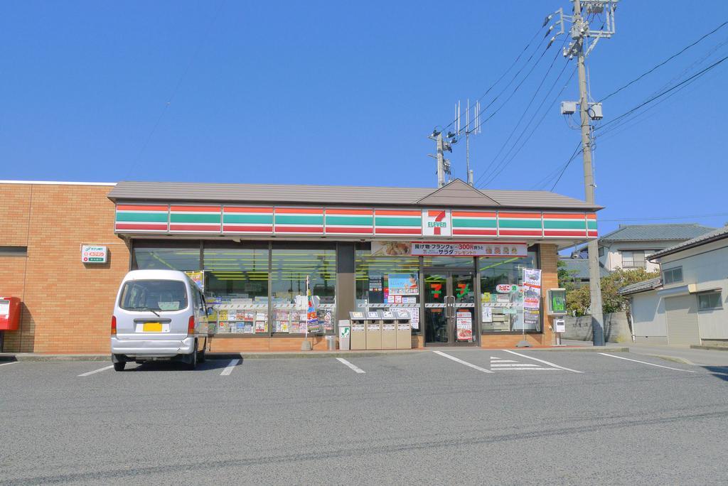 コンビニ セブンイレブン新潟寺尾店(コンビニ)まで335m