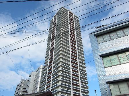 No.71 オリエントトラストタワーの外観