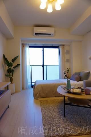 居室・リビング モデルルーム仕様。家具等は、付きません。