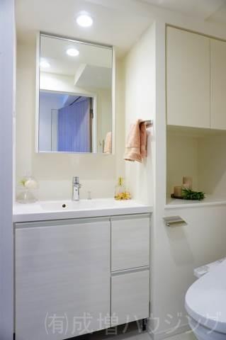 洗面設備 モデルルーム仕様。家具等は、付きません。