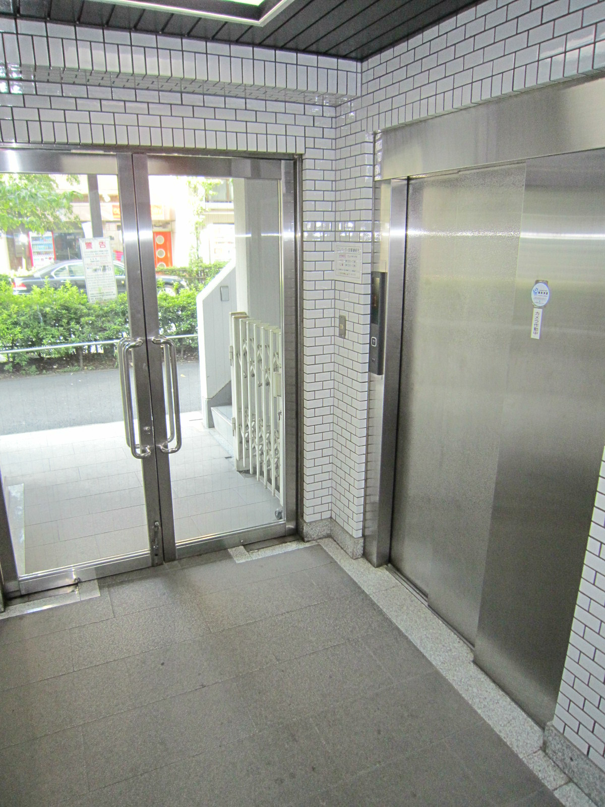 エントランス エレベーターホール
