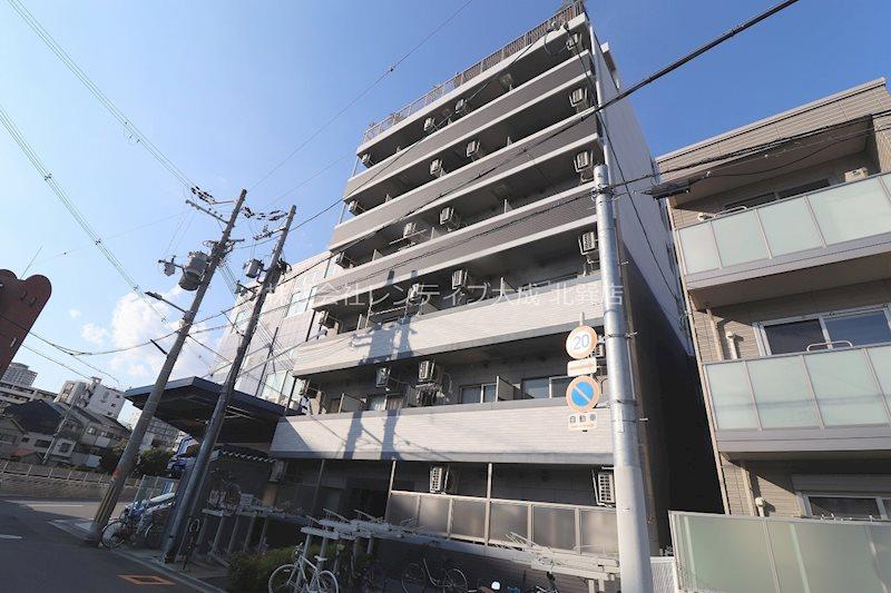 エグゼ大阪城東の外観