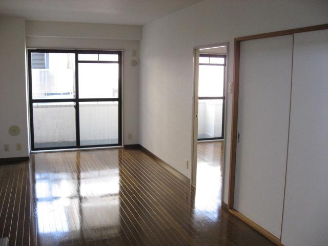 居室・リビング 広々12畳のLDK!