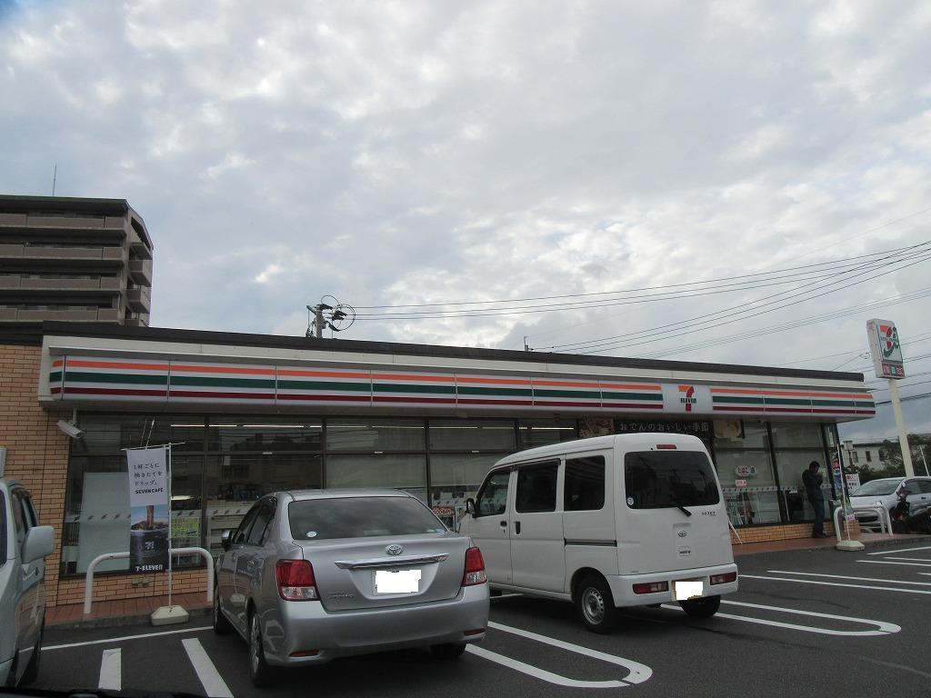 コンビニ セブンイレブン鹿児島下荒田2丁目店(コンビニ)まで415m