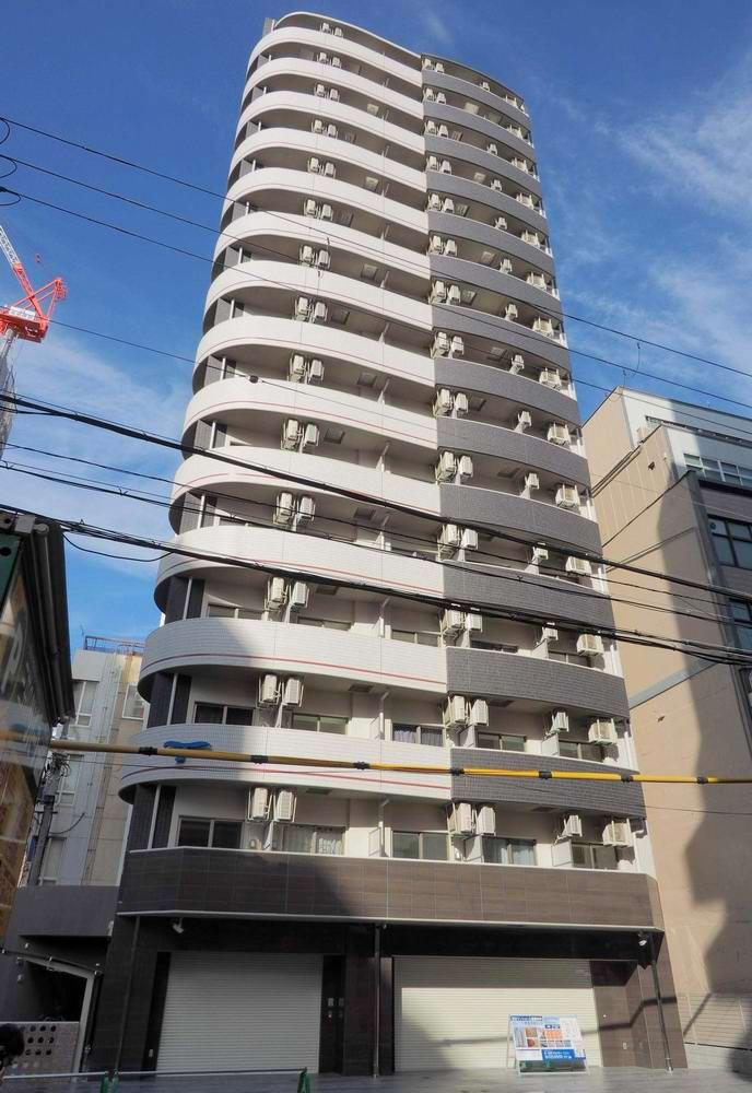 SERENiTE堺筋本町SUDの外観
