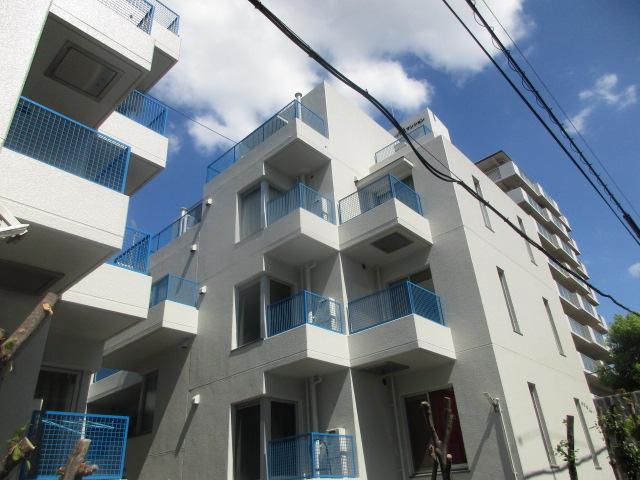 アメニティ東神戸1・2・4号棟の外観