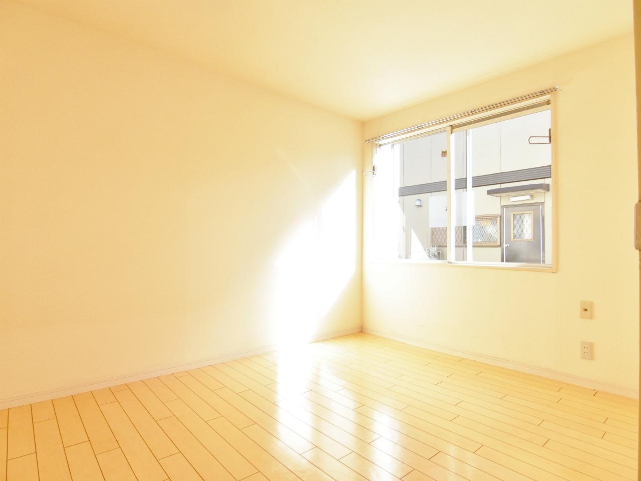 その他部屋・スペース 日当たり良好の洋室です♪♪♪