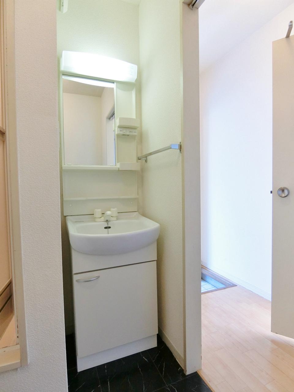 洗面設備 洗面所は必須ですね♪♪♪