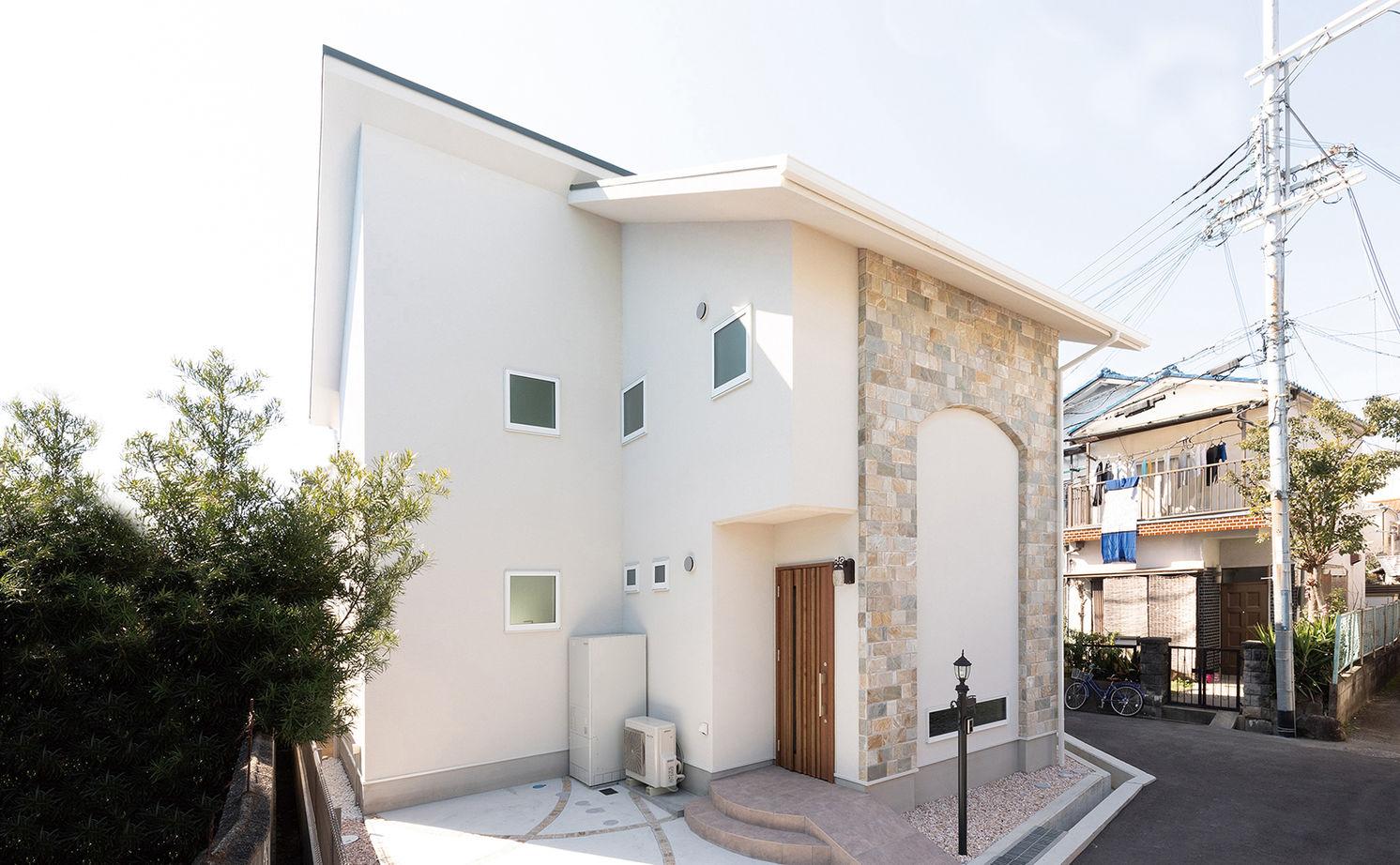 【3000~3500万円】イギリス生活のエッセンスを盛り込んで設計。北摂エリアで土地から叶えた動線のいい家画像1
