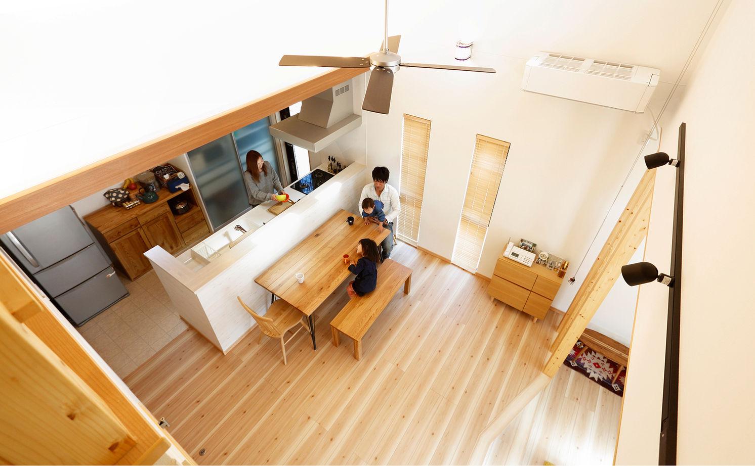 木の温もりあふれる自慢の平屋 立体的な空間設計で開放感も◎画像1