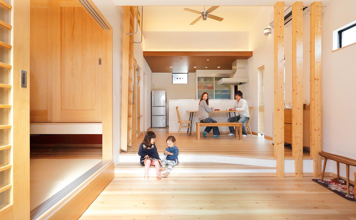 木の温もりあふれる自慢の平屋 立体的な空間設計で開放感も◎画像2