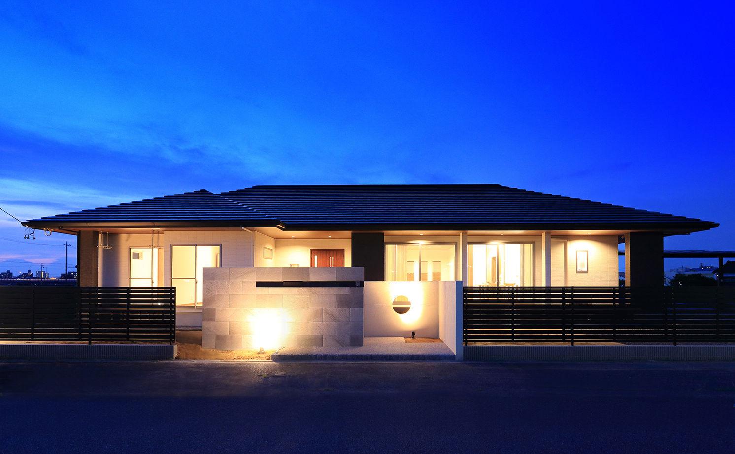 【建物本体価格2000万円台/間取り図あり】平屋の快適動線が住み心地いい、遊び心溢れるオンリーワンの家画像1