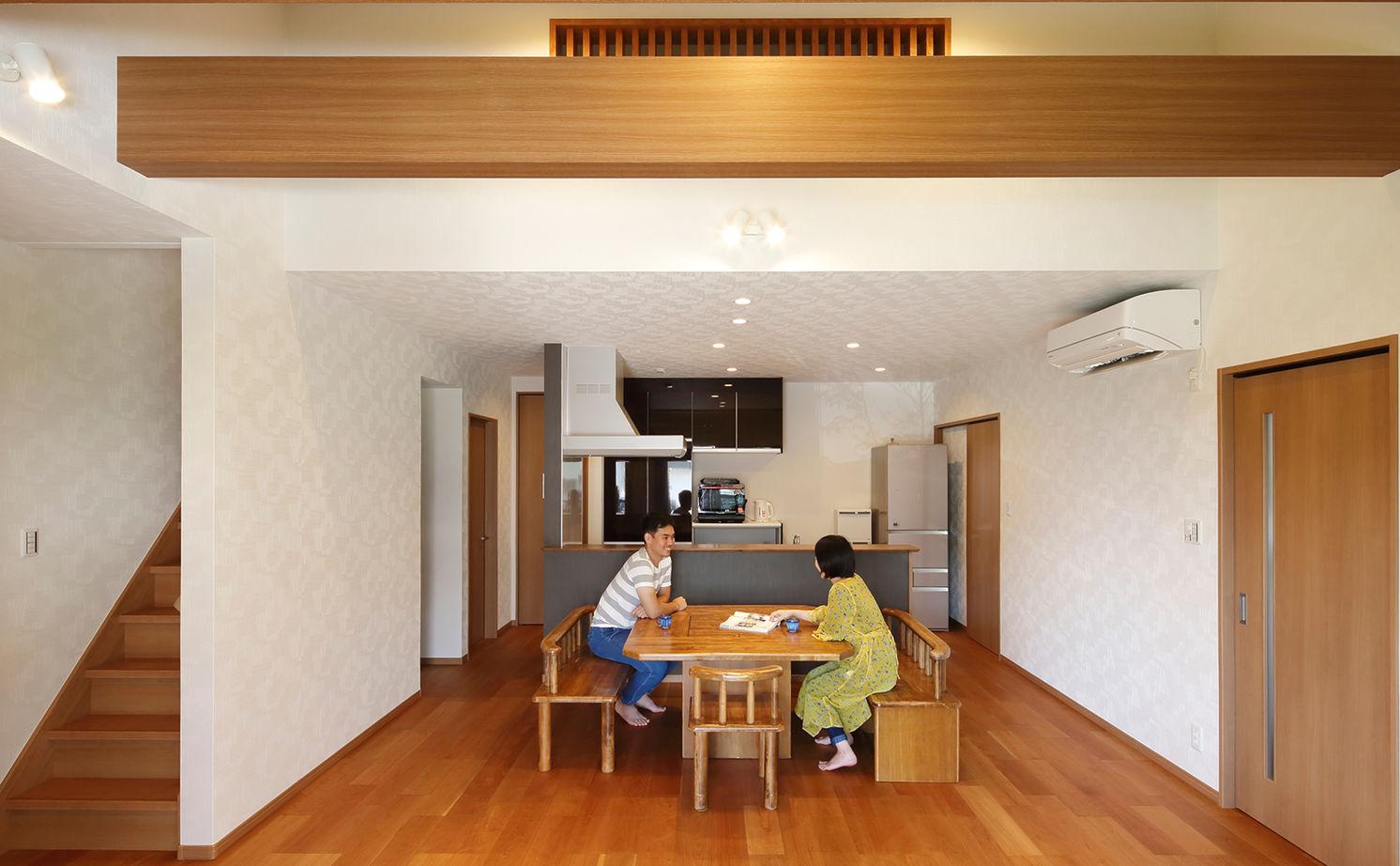 【建物本体価格2000万円台】LDKを中心に家中の空間が繋がる平屋は、常に「家族一緒」を感じられる住まい画像2
