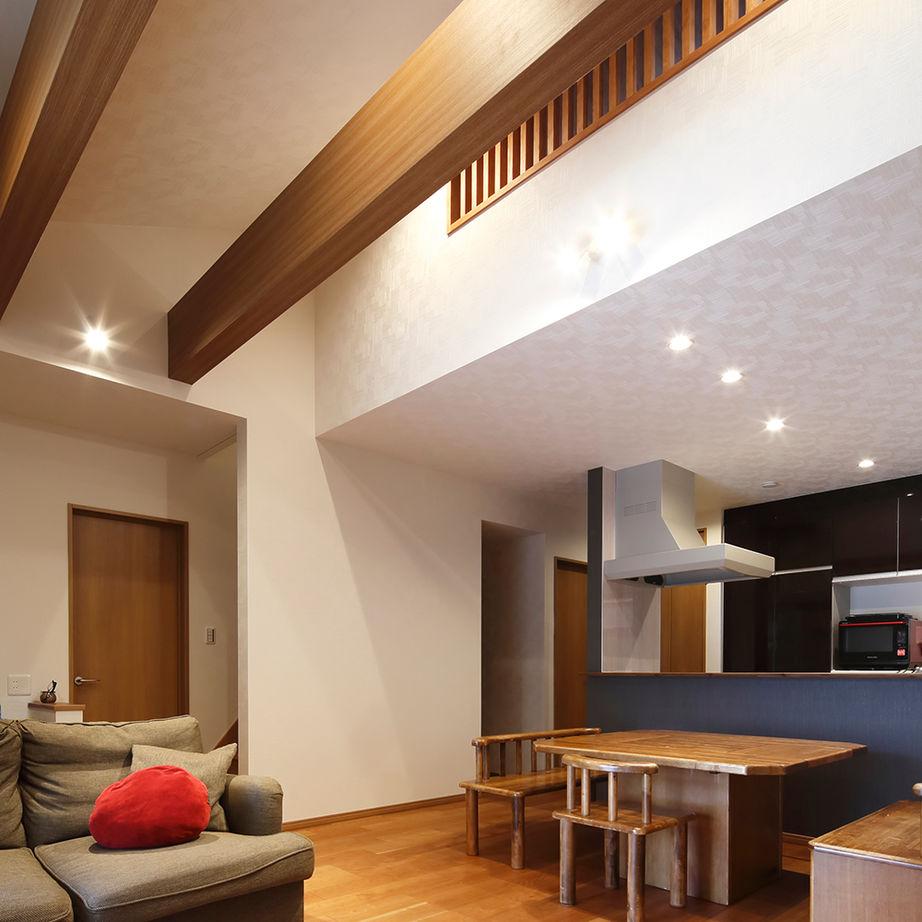 【建物本体価格2000万円台】LDKを中心に家中の空間が繋がる平屋は、常に「家族一緒」を感じられる住まい画像3