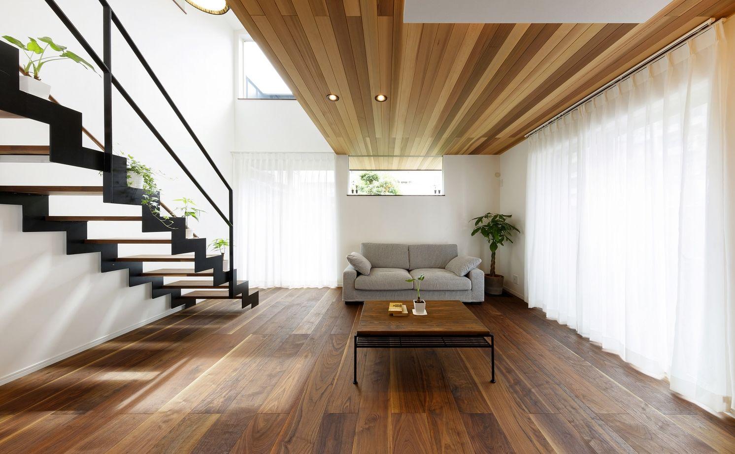 【間取りあり】「小さく建てて、のびのび暮らす」をコンセプトに、外からの視線を遮り、屋内に光を取込む家画像1