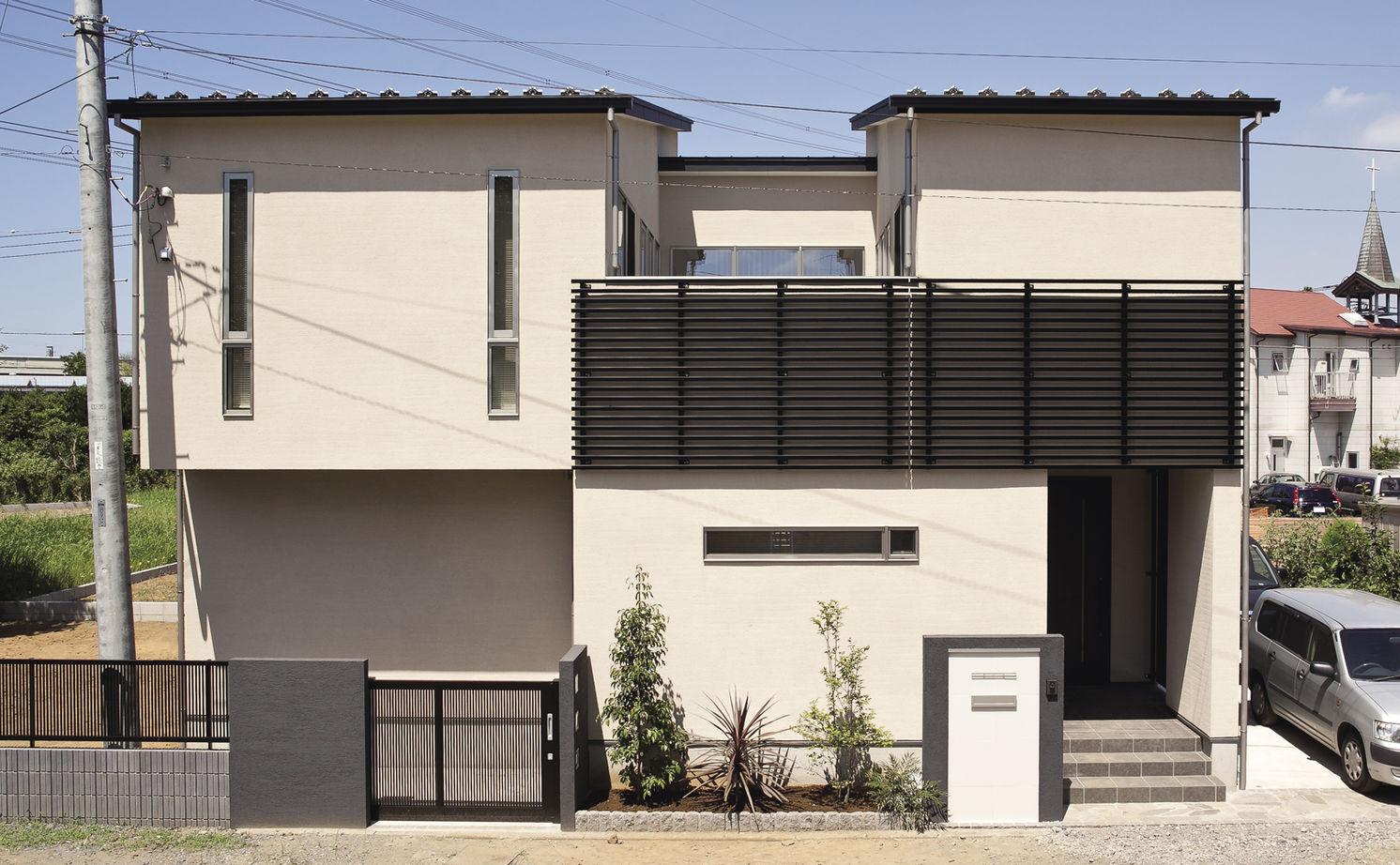 中庭から家中に届く光と風。外断熱+SE構法で建てた開放的な住まい【間取り図あり】画像2