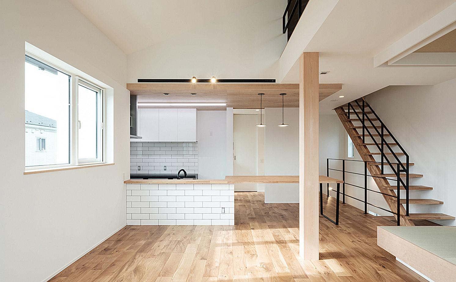 究極のシンプル・モダンを目指した2階リビングの家画像1