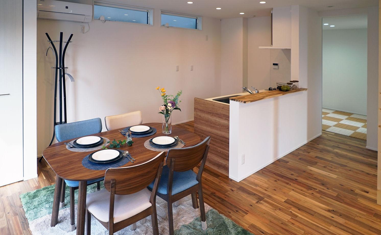 1000万円台で叶えた建築家デザイン。変形地を活かし、どの角度から見ても絵になる家画像3