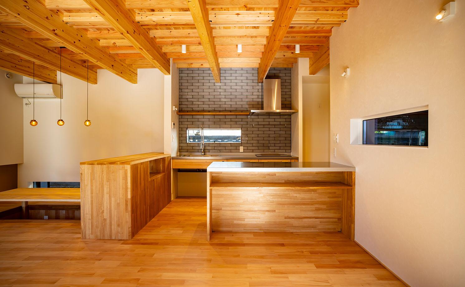 【2500~2999万円/2LDK】設計力の高さに魅かれて依頼!理想が詰まった土間玄関のある家画像2