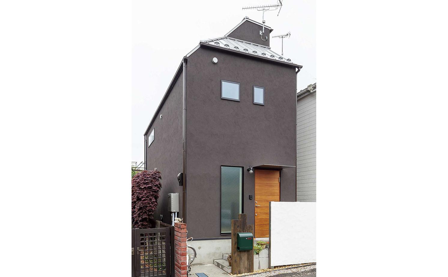 【1470万円】13.8坪の敷地に夢を詰め込んだ「アンティーク・レトロ」な住まい画像2