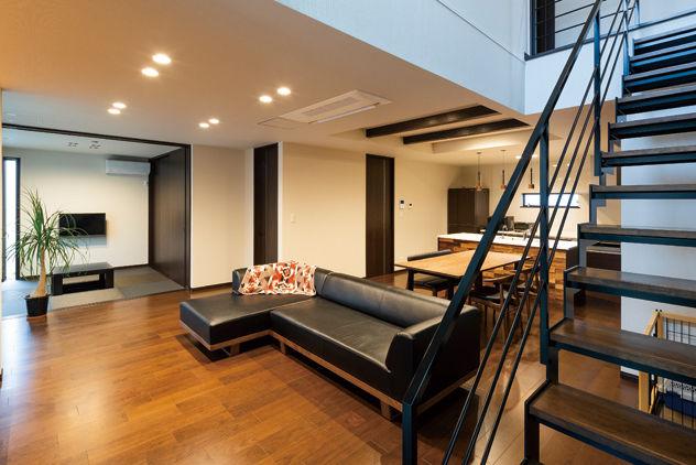 カッコよく、暮らしやすい。夫婦の憧れをカタチにした、寛ぎのデザイン住宅画像2