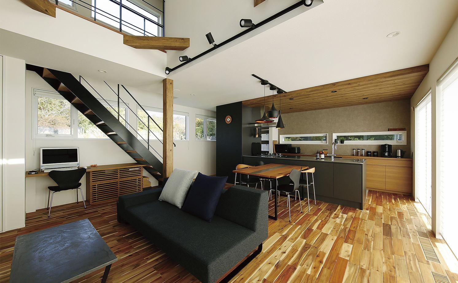 【2300万円/床下冷暖房システム/鉄骨階段/借景】1階をワンフロアの大空間に画像2