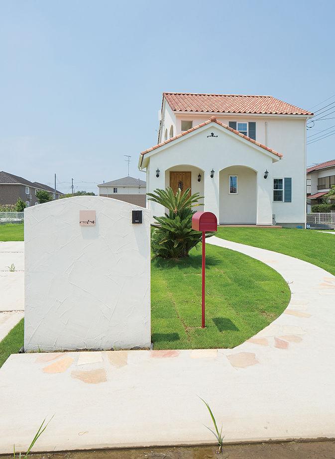 【1500万円台】本格派の南欧風の家を建てたい!こだわりを詰め込んで「かわいい」を叶えた輸入住宅画像2
