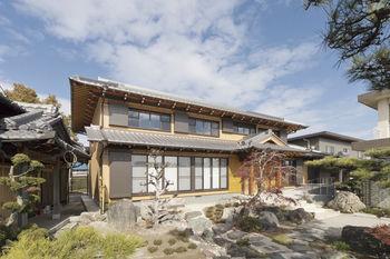 世代を超えて引き継げる。3世帯が心地よく暮らす、日本建築の粋を集めた家画像1
