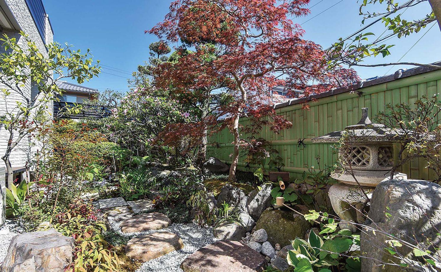 築40年の木造住宅を建て替えて快適に暮らす。美しい庭を眺めながら親族友人がゆったり集える大空間の家画像2