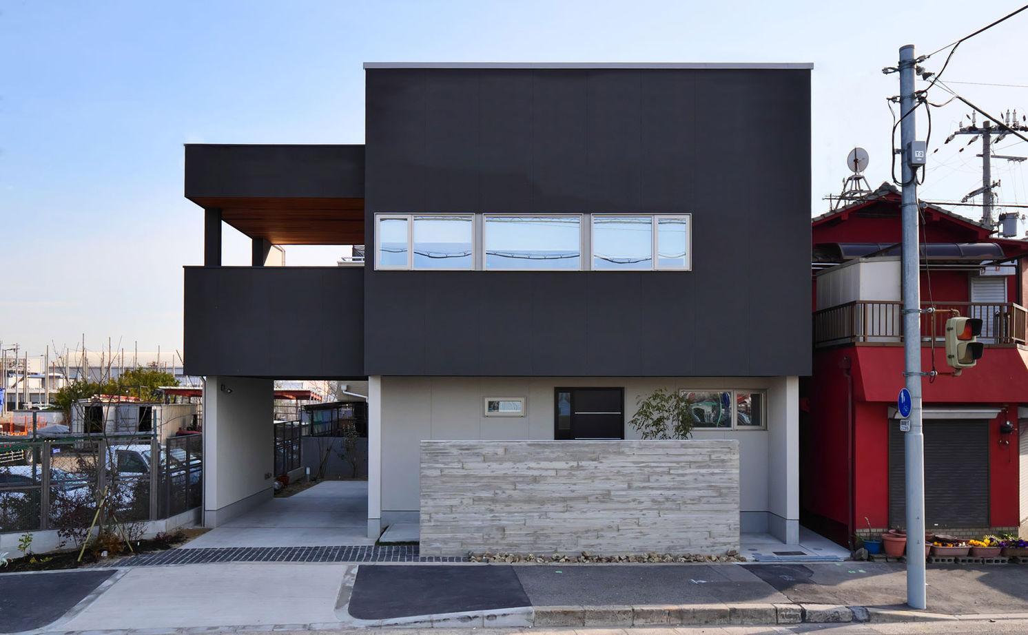 【2750万円/北向き】二階リビングで高天井を実現 緑と暮らすアウトドアリビングのある家画像1