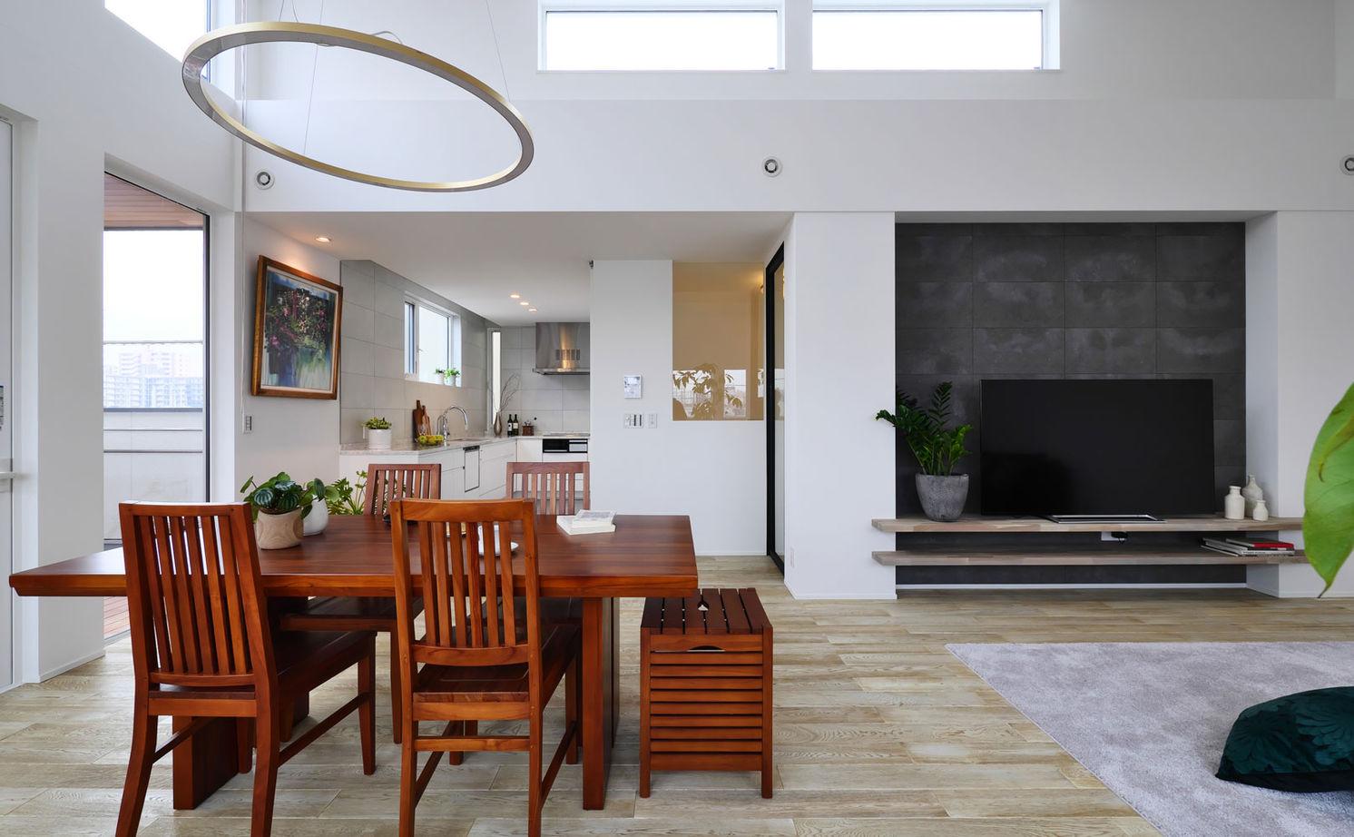 【2750万円/北向き】二階リビングで高天井を実現 緑と暮らすアウトドアリビングのある家画像3