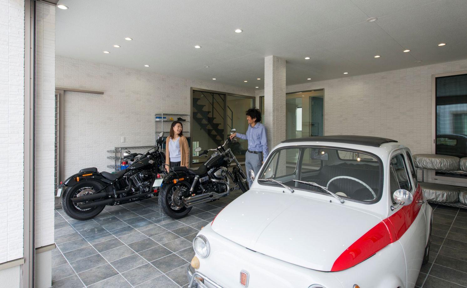 【3000万円台/167.68平米/間取り図あり】ガレージハウスに憧れて建てた一邸 夫婦でバイク&カーライフ満喫画像1