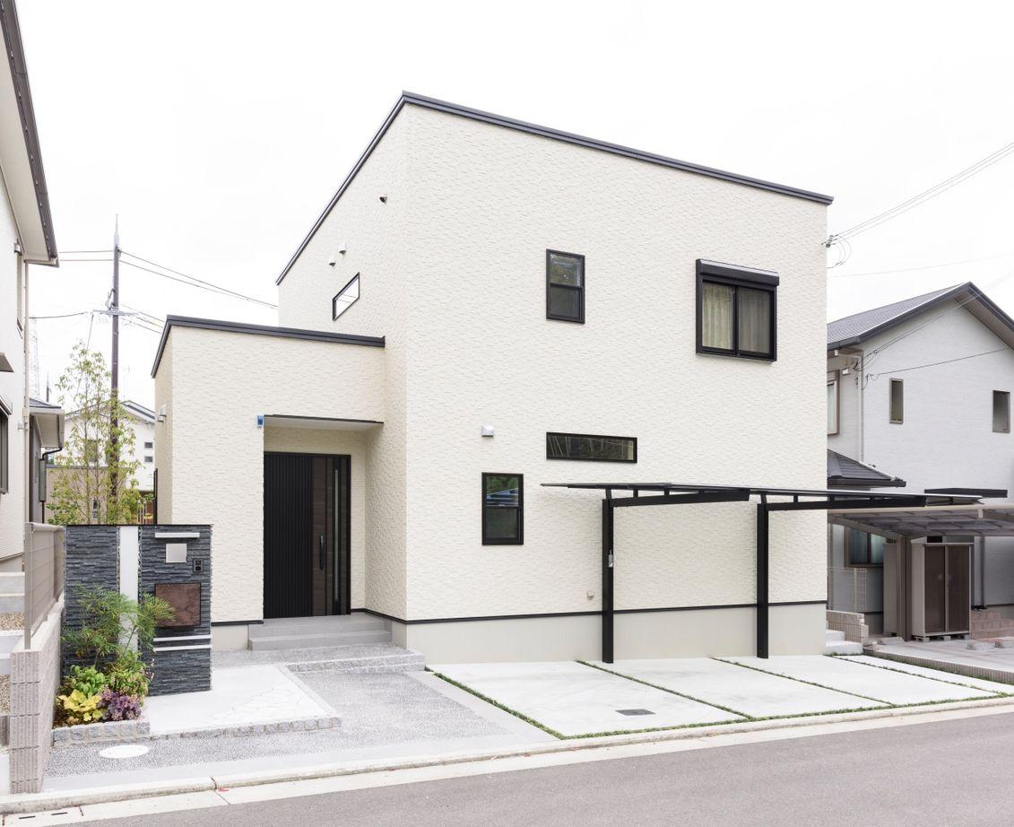 【1700万円台/110.95平米/間取り図あり】暮らし易くシンプルな家を希望  豊富な収納と家事動線に配慮した家画像2
