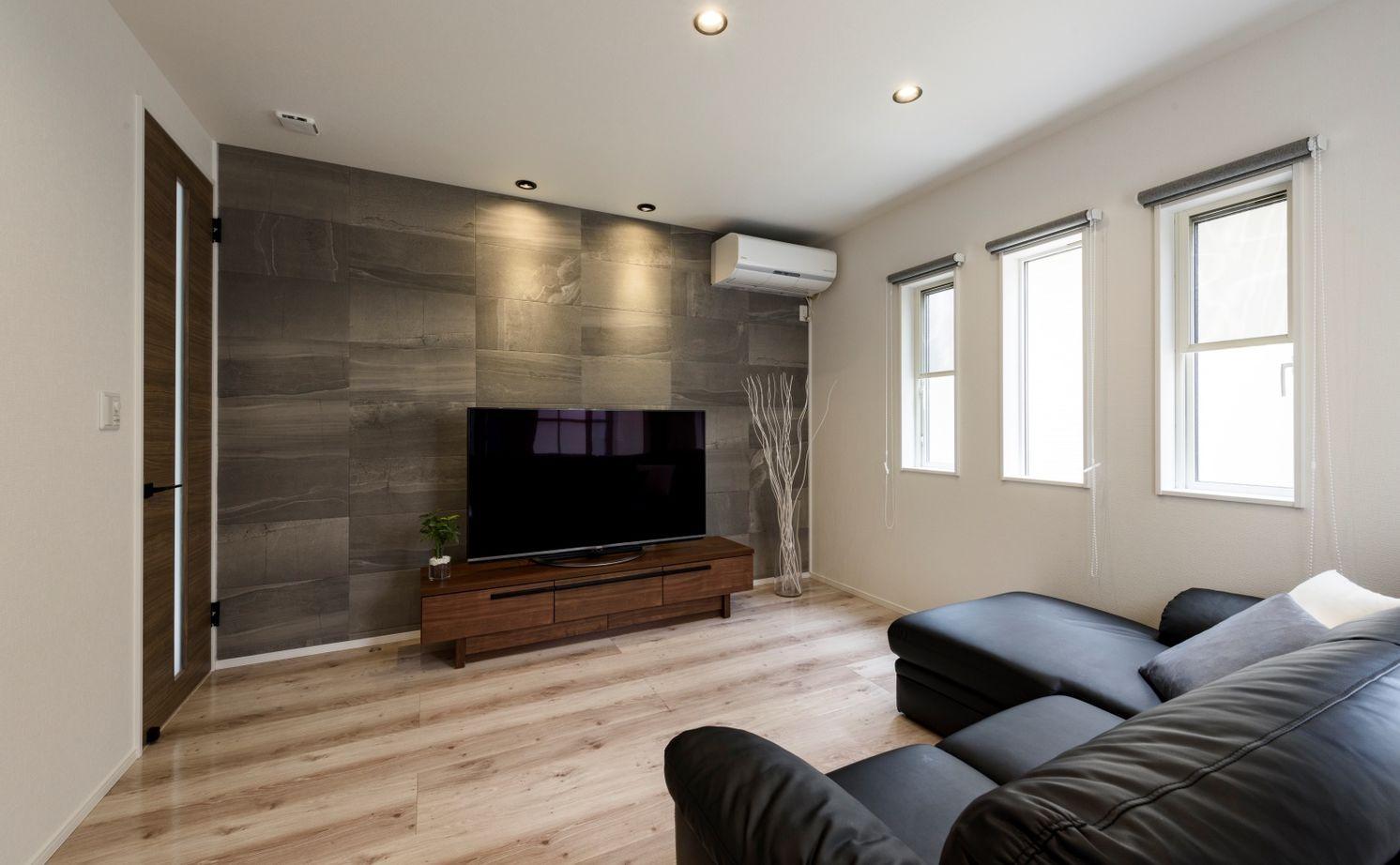 【1700万円台/110.95平米/間取り図あり】暮らし易くシンプルな家を希望  豊富な収納と家事動線に配慮した家画像3